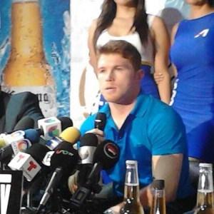 Álvarez firmó contrato con HBO