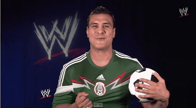"""Alberto del Rio """"El Patrón"""", presenta su nueva camiseta. 1"""
