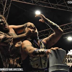 Rey Cometa vs Cavernario por las cabelleras en el 81 Aniversario del CMLL 1