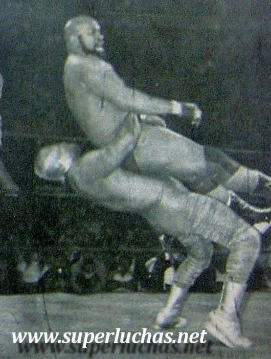 Canek vs. Búfalo Allen (16 de diciembre de 1984).
