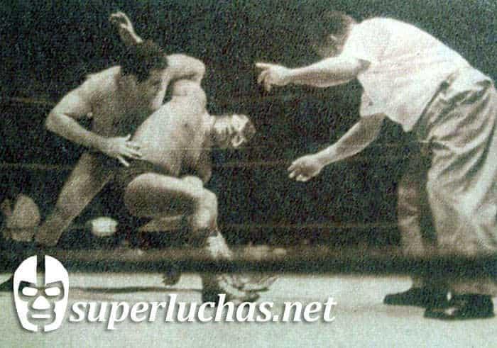Sergio Borrayo vs. Villano I