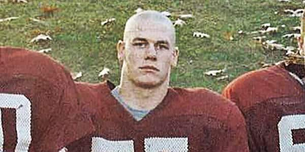 John Cena en el fútbol colegial