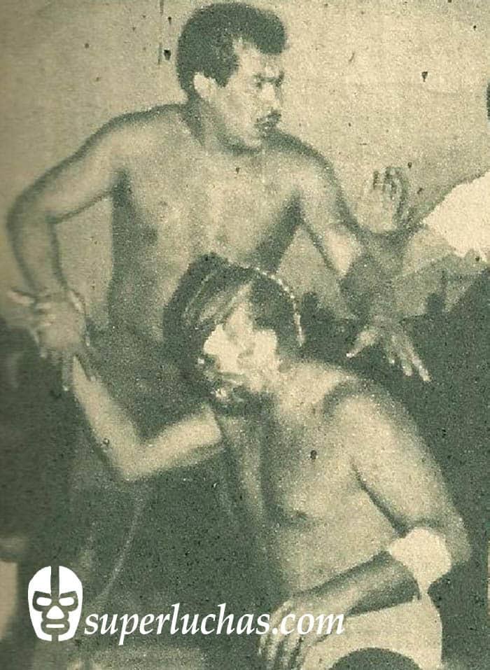 El Espectro y Dick Angelo