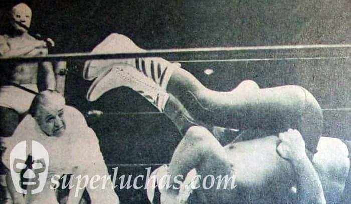 Hiro Matsuda vs. El Halcón