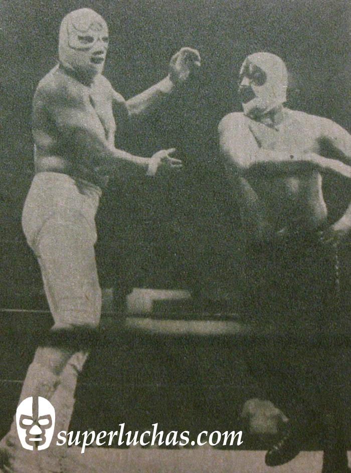 As Charro vs. Demonio Blanco