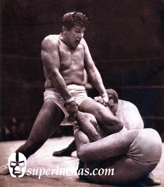 Ray Mendoza vs. René Guajardo (10 de marzo de 1967).