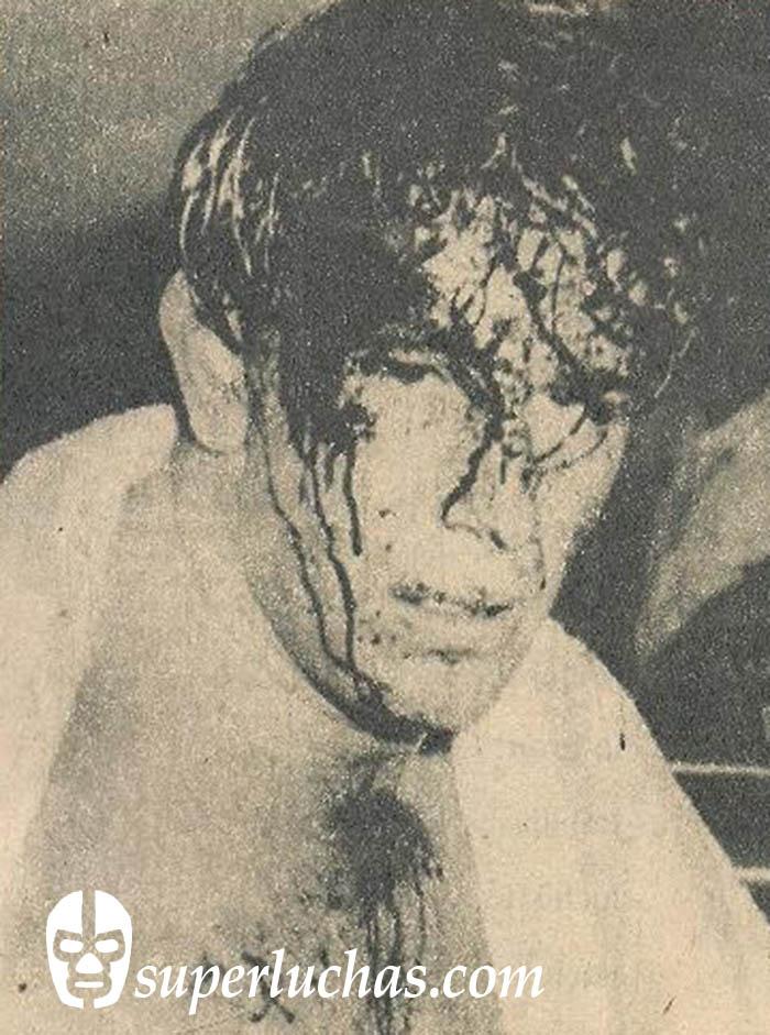 Humberto Cortés, tras su lucha con Jorge Allende