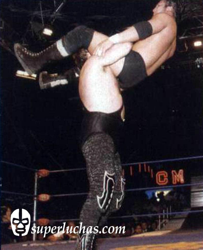 Máscara Año 2000 vs. Hijo del Perro Aguayo