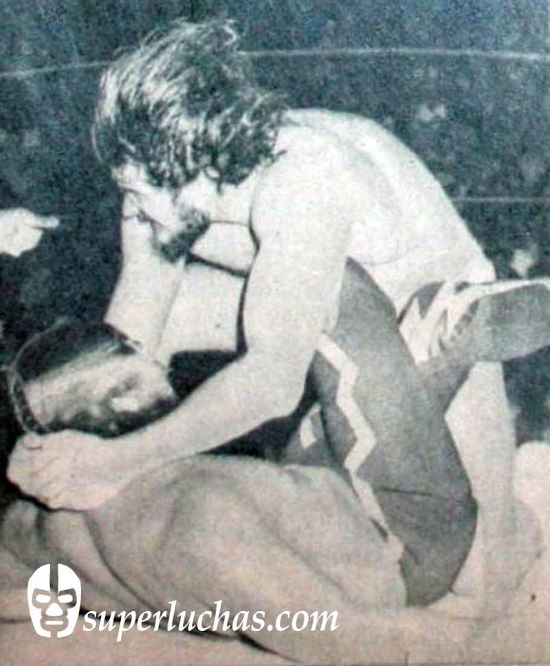 Coloso Colosetti vs. Rayo de Jalisco