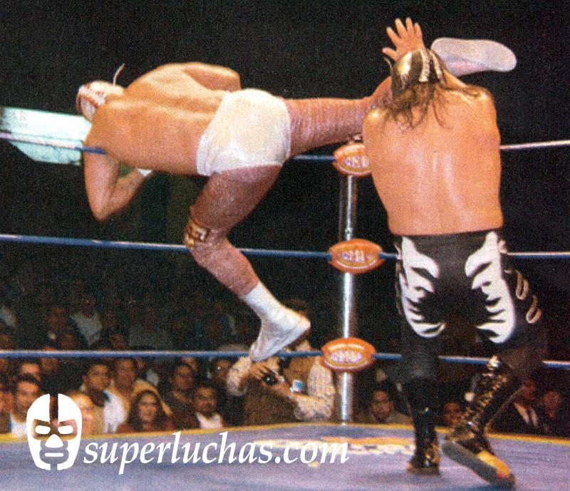 Canek vs. Último Guerrero