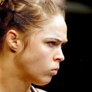 El libro de Ronda Rousey no saldrá a la venta en Wal Mart 4