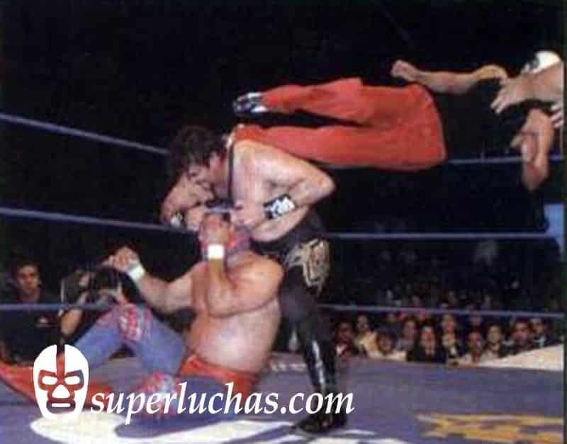 Canek Jr., Canek y Universo 2000