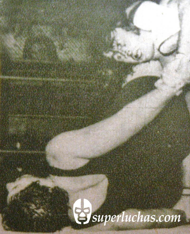 Rizado Ruiz vs. César Silva