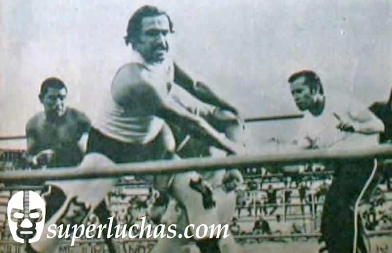Zebra Kid y Rayo de Tlaxcala vs. El Bengala