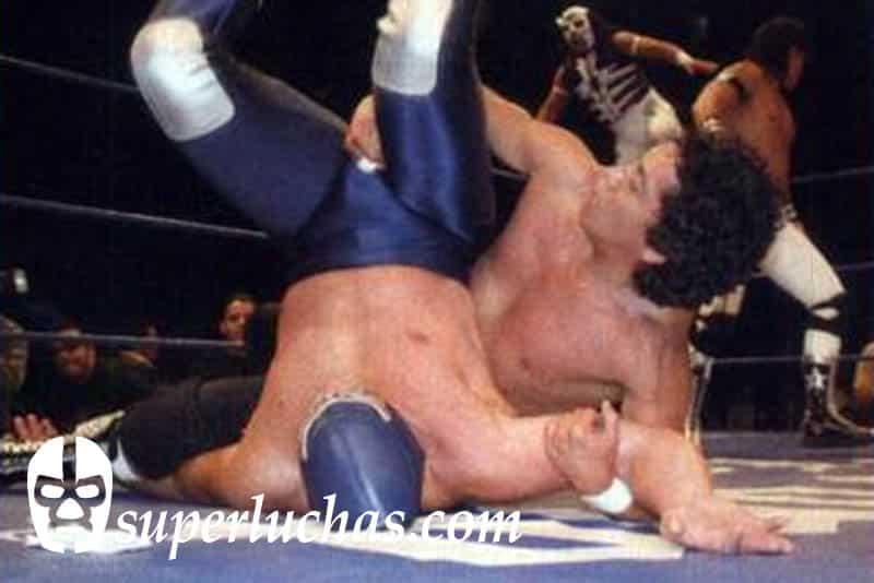Negro Casas vs. Blue Demon Jr.