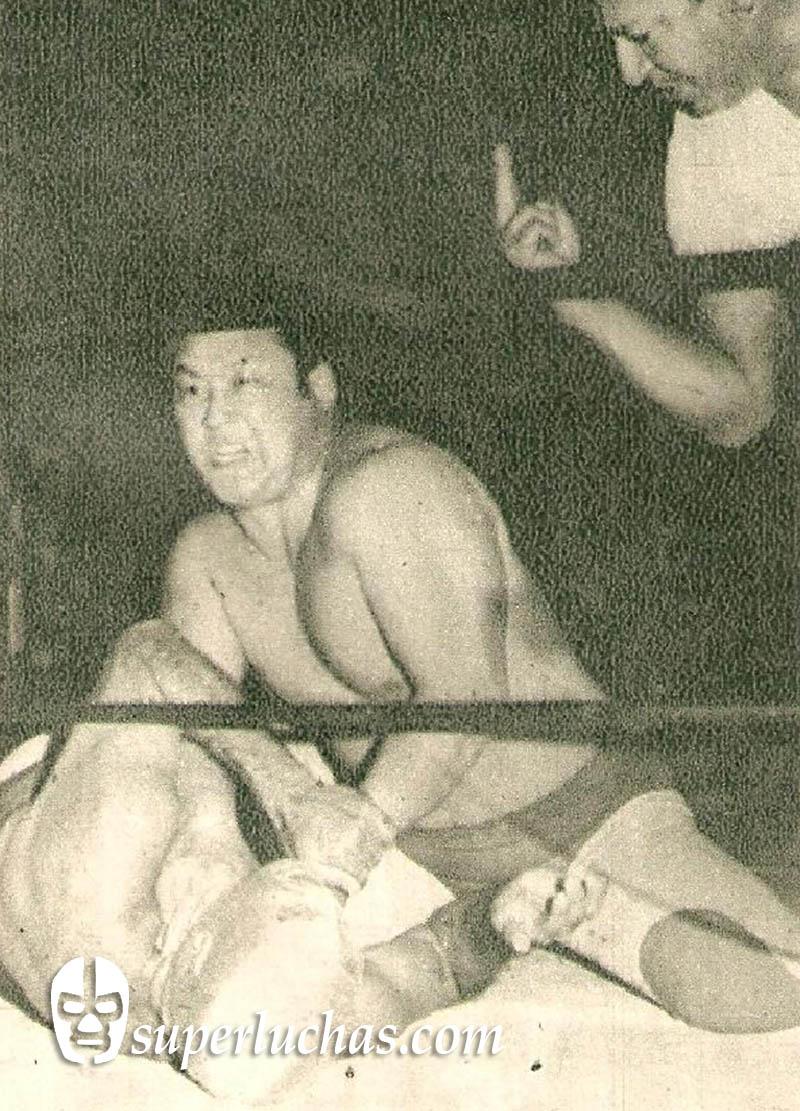 Yamamoto (Kantaro Hoshino) vs. Santo