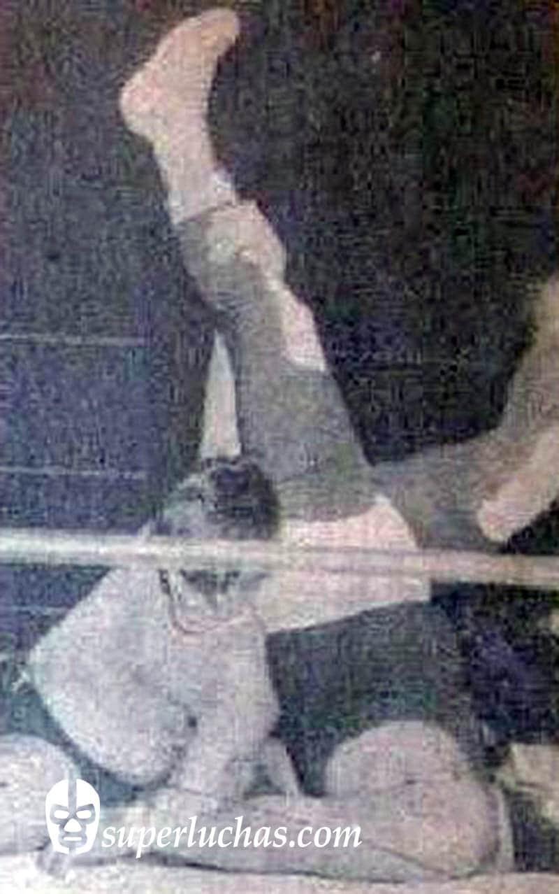 Rubén Juárez vs. El Espanto I