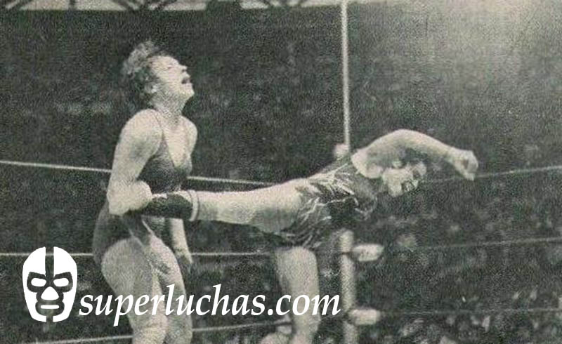 Vickie Williams vs. Pantera Sureña