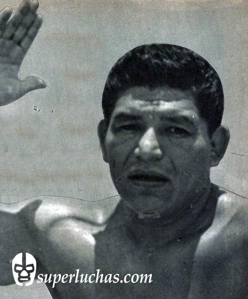 Enrique Vela, el Chino Chow