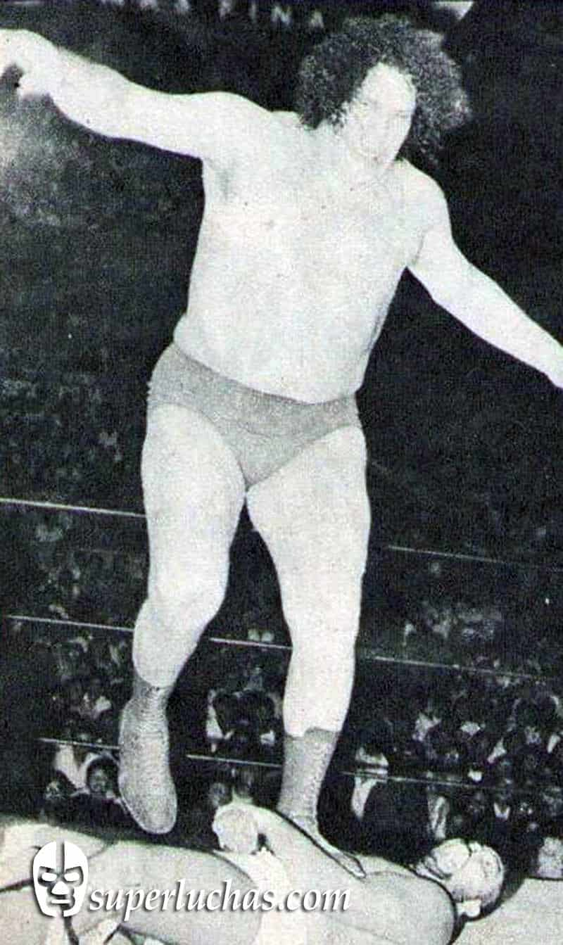 André el Gigante vs. Tony Benetto