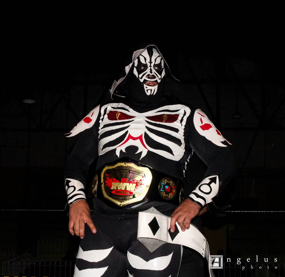 L.A. Park Campeón Universal XWW./ Photo by Angelus Infernum.