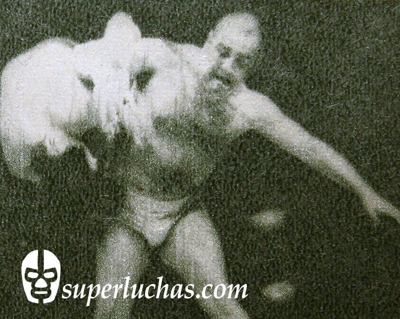 Alfonso Dantés vs. Satoru Sayama