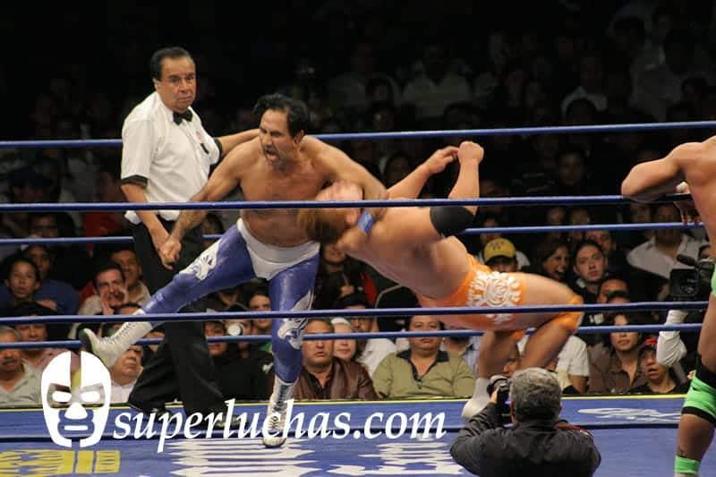 Blue Panther vs. Yujiro Takahashi