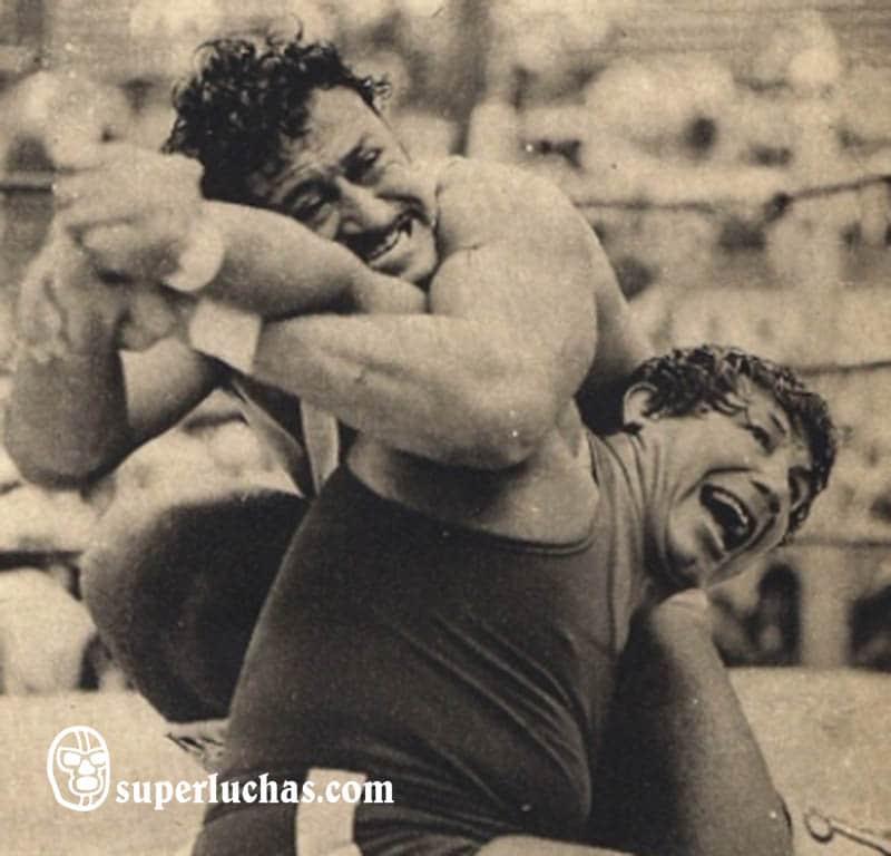 Ray Mendoza vs. Ángel Blanco