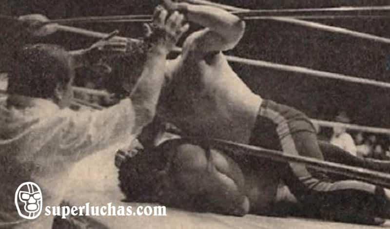 Lizmark vs. Sangre Chicana