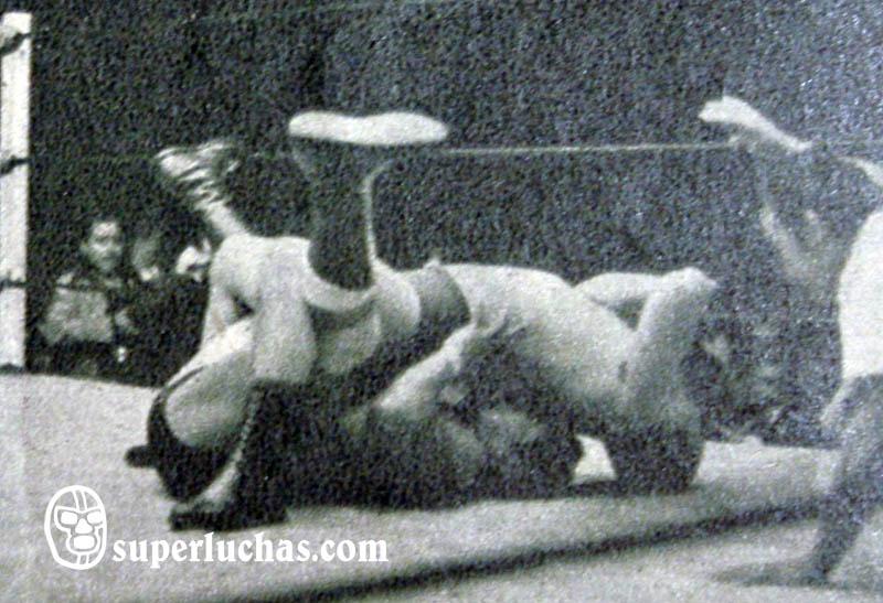 Alfonso Dantés vs. Ray Mendoza