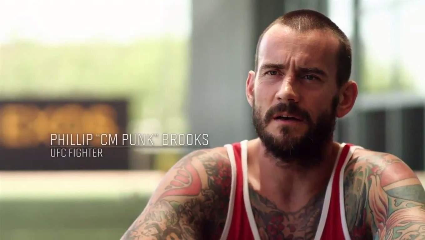 """Phillip """"CM Punk"""" Brooks, Peleador UFC / UFC on FOX WWE no mencionó a CM Punk en Raw"""