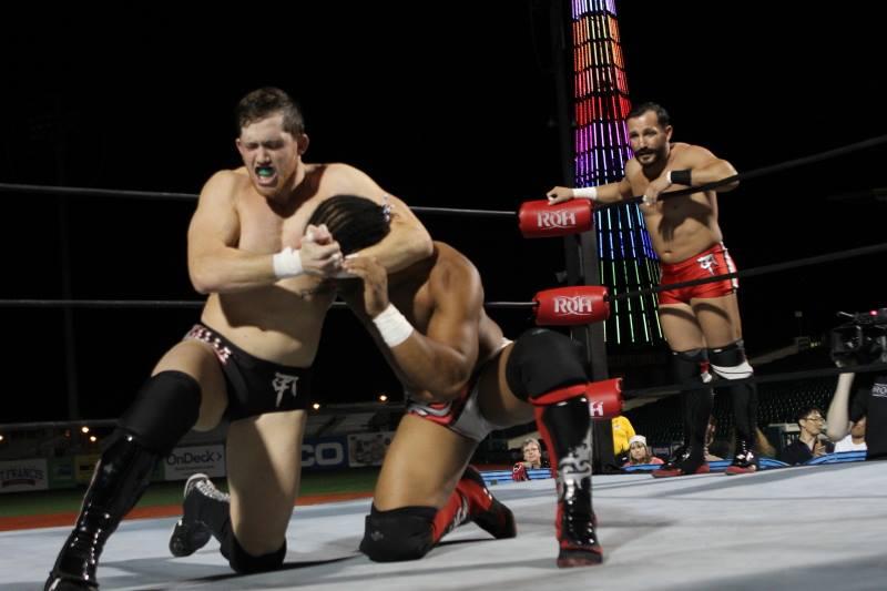 El campo del honor: Las imágenes de la gran función de ROH 13