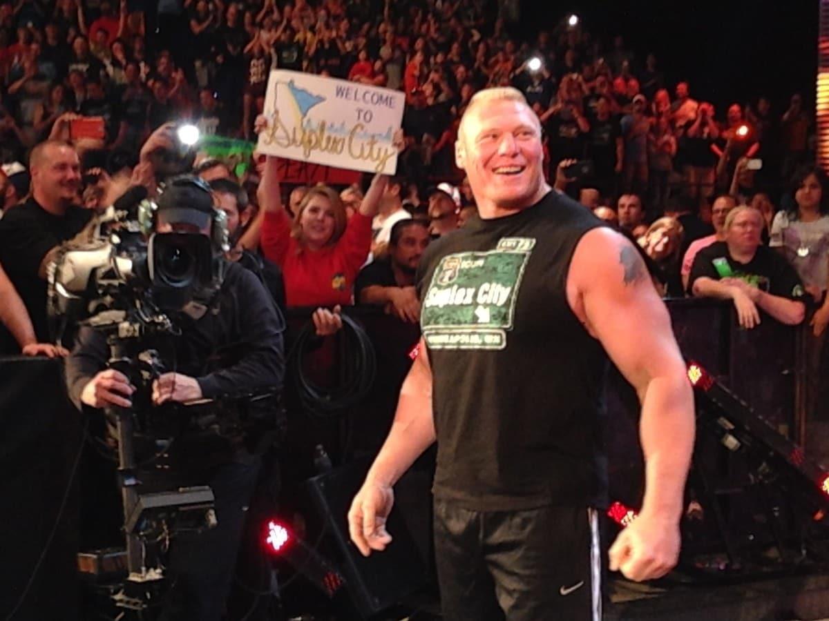 Brock Lesnar en WWE RAW (17/08/2015 - Minneapolis. Minnesota) / Photo by: steve599 - Imgur.com