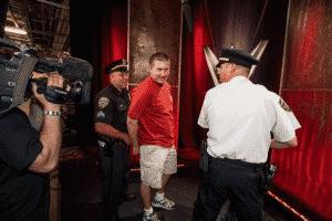 19 años después son capturados los fans que descubrieron al Kliq de WWE 7