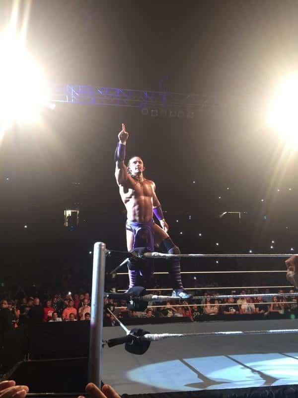 Neville en WWE Live Puerto Rico 2015