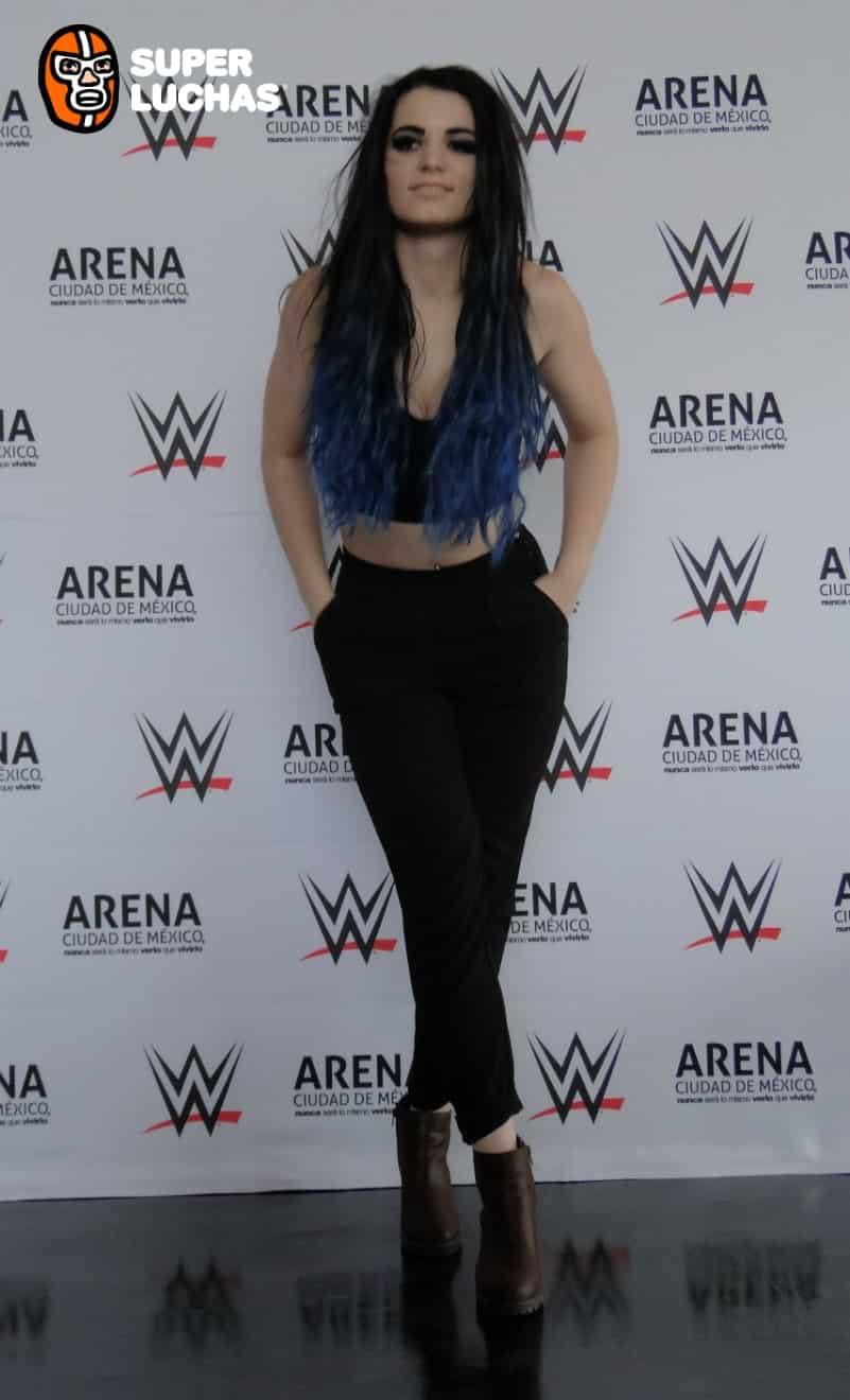 Paige./Alva Marquina