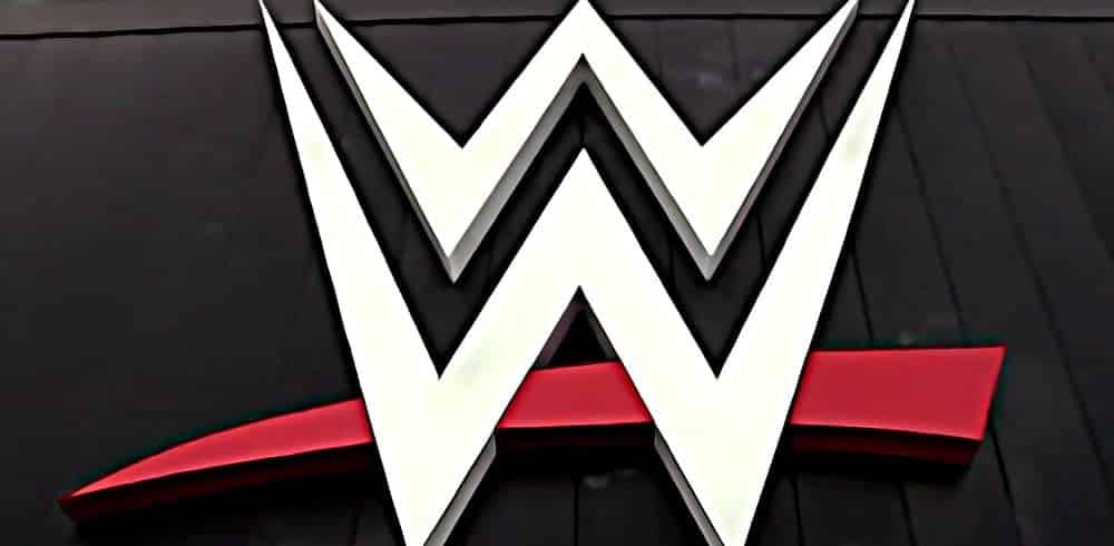 ¿Cuál ha sido el mejor final de una WrestleMania para WWE? 1