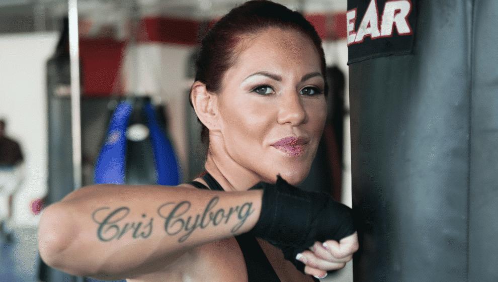 Cris Cyborg en la mira de Bellator 2