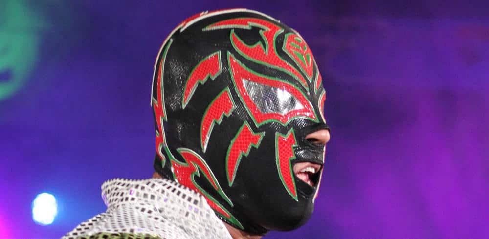 """Para Dave Meltzer, Sombra debe ser enmascarado en WWE: """"Intentar ajustarlo a sus parámetros es un ejemplo de cómo WWE no comprende la cultura mexicana"""" 1"""