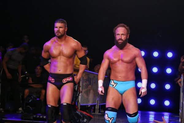 Bobby Roode y Erick Young / Photo by: Lee South cortesía de TNA iMPACT! Wrestling para SÚPER LUCHAS