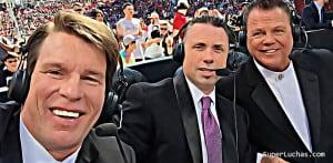Michael Cole recuerda cómo perdió un diente gracias a CM Punk 1