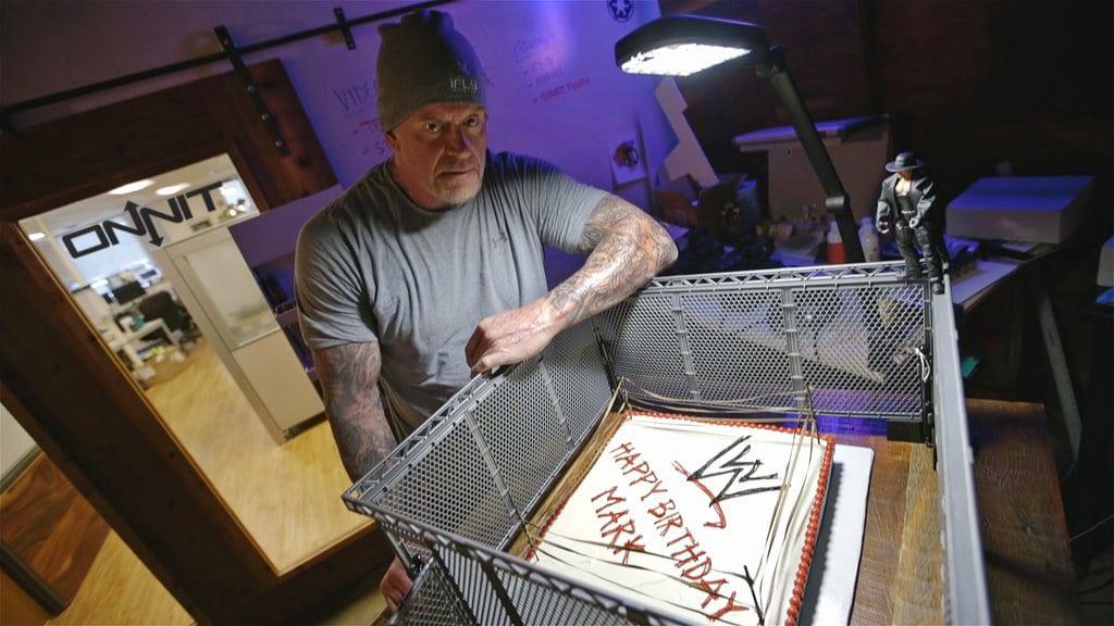 The Undertaker celebra su cumpleaños número 51 en The Onnit Academy (DeFranco's Gym - 24/03/2016) / Twitter.com/Onnit