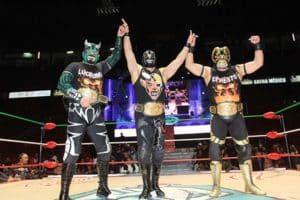 CMLL: Una mirada semanal al CMLL (del 25 de febrero al 02 de marzo de 2016) - Felino pelón, Carístico ovacionado en Puebla, Los Hijos del Infierno imparables y más... 83