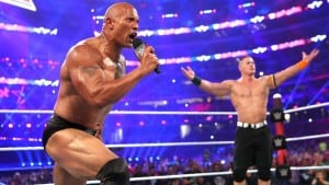 The Rock y John Cena en WWE WrestleMania 32 (03/04/2016) / WWE©