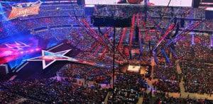 Patadas voladoras, hombres por los aires: la experiencia de Javier Carrillo en WrestleMania 32 4