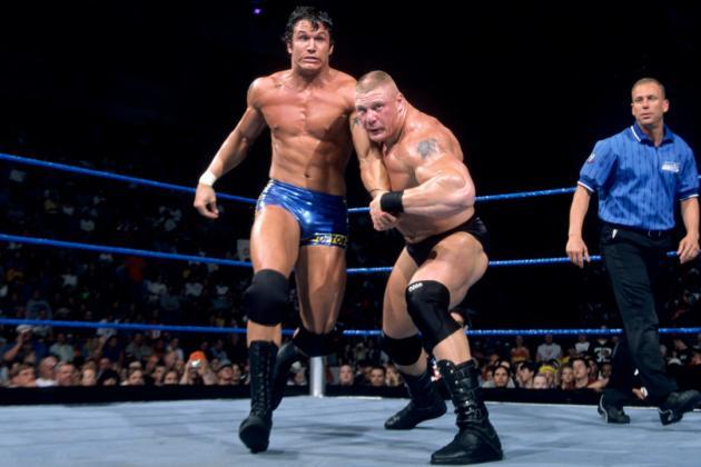 Brock Lesnar vs. Randy Orton ( 05-09-2002) / WWE ©