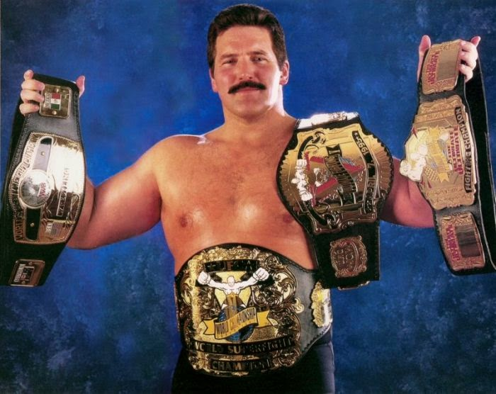 Dan Severn, Campeón Triple Corona UFC (Superfight y Ultimate Ultimate) y Campeón Mundial NWA