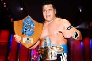 Último Guerrero consigue el trofeo de la Leyenda Azul; Dragón Rojo Jr. hiere el orgullo de Guerrero Maya Jr. 67