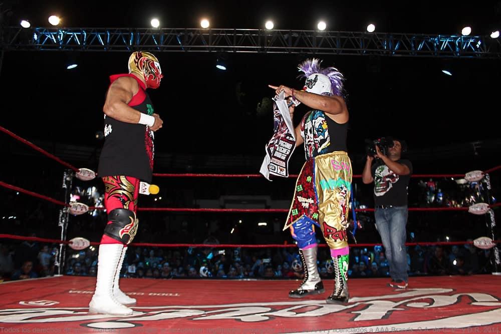AAA: Se oficializa la lucha de apuestas entre Dr. Wagner Jr. y Psycho Clown para Triplemanía XXV 1