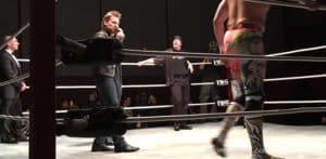 La apertura de WWE continúa: Chris Jericho se presentó en una función de IWC 45